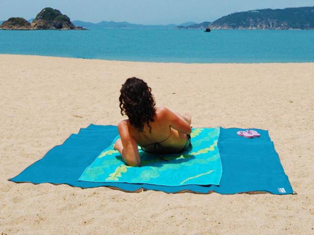 Пляжное покрывало анти-песок Sand-free Mat