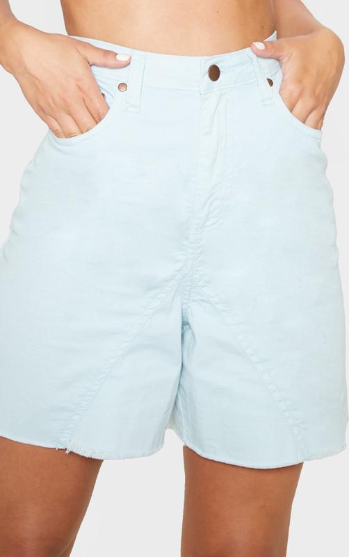 Джинсовые шорты PrettyLittleThing